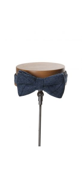 Debris royal blue tie