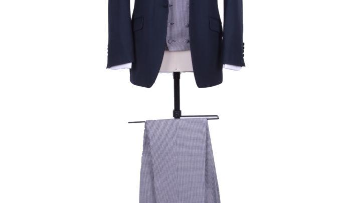 The contrast suit
