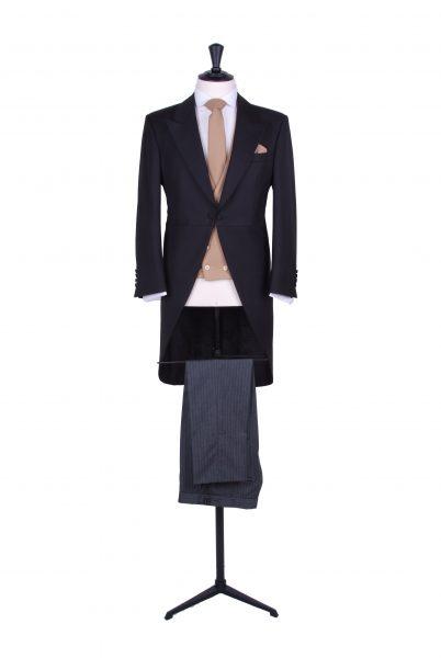 Lightweight black wedding tailcoat