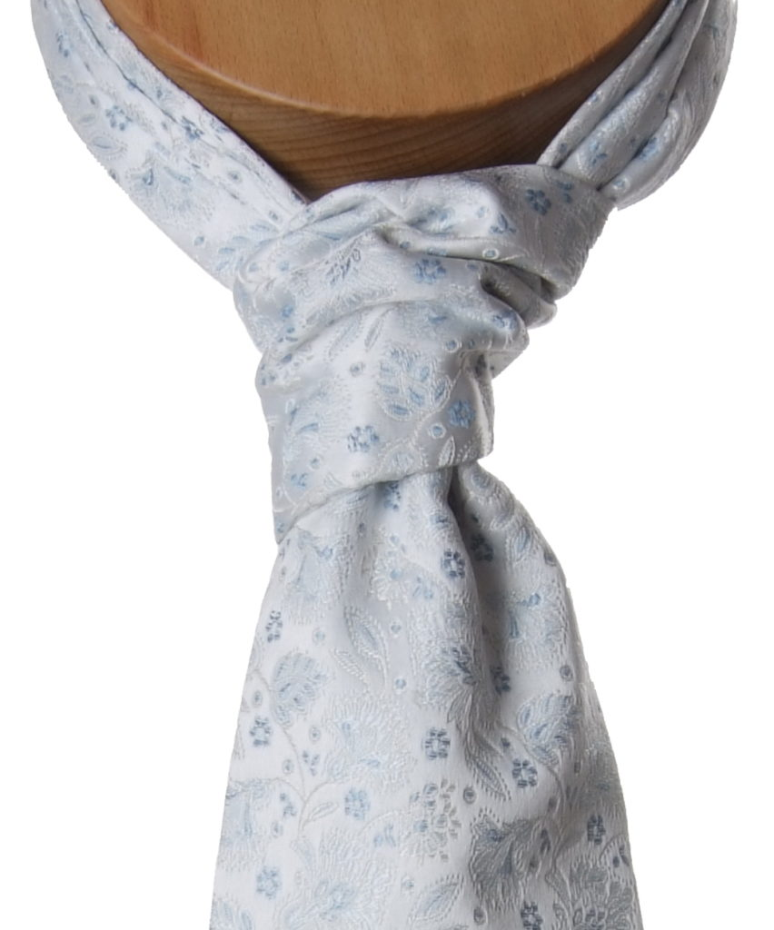 Self-tied cravat